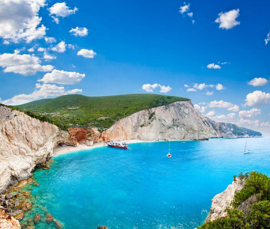 Το Πόρτο Κατσίκι στη Λευκάδα. Μία από τις πιο διάσημες παραλίες της Ελλάδας.