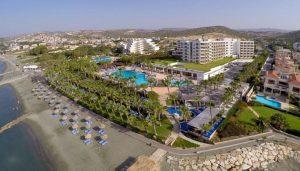 Το 5* Grand Resort στην Κυπρο. Ξενοδοχείο με πρωινό