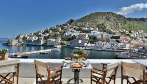 Η θέα από το Douskos Port House στην Ύδρα