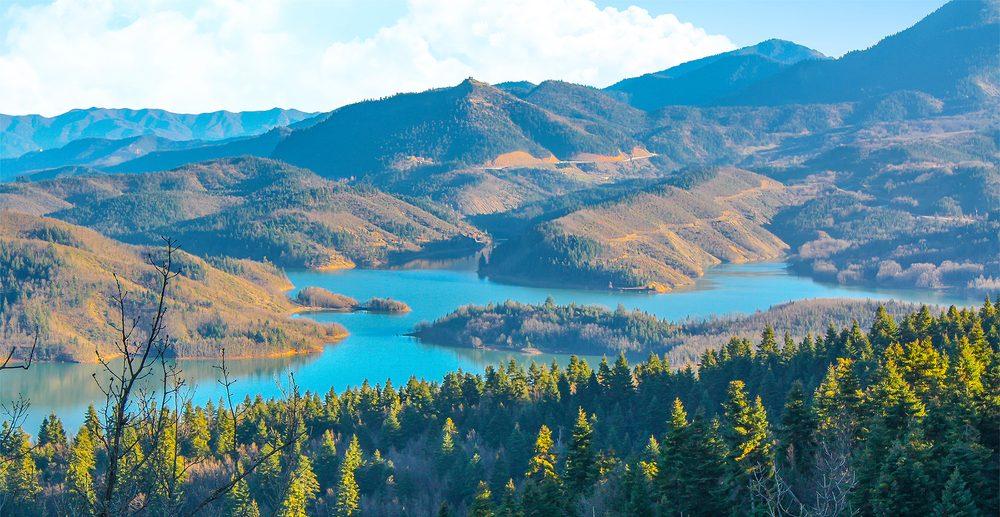 εξόρμηση στις ομορφότερες λίμνες