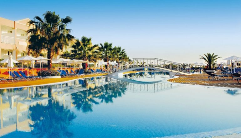 Το 5* Labranda Sandy Beach Resort