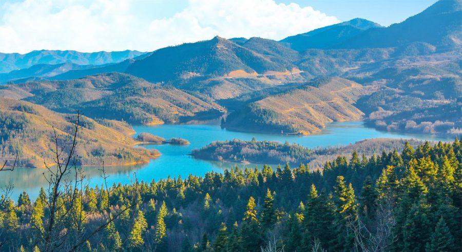 Φθινοπωρινή Λίμνη Πλαστήρα