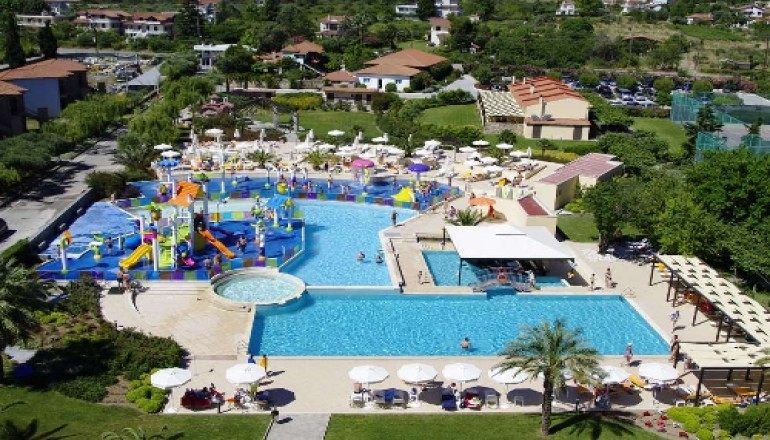 Το Cronwell Platamon Resort