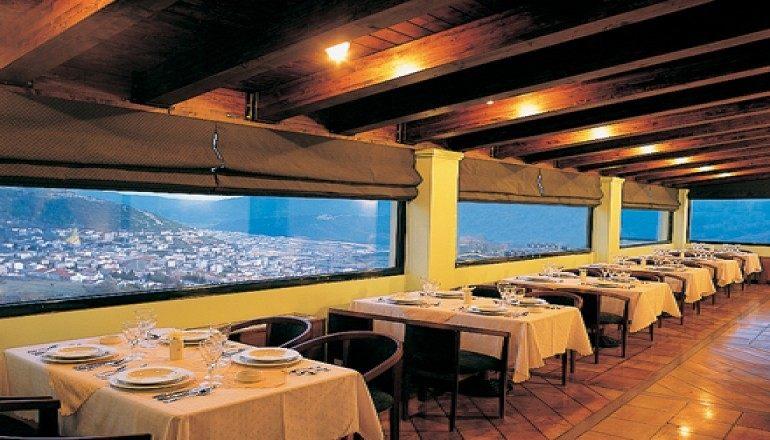 Avaris Hotel - φθινόπωρο στο Καρπενήσι