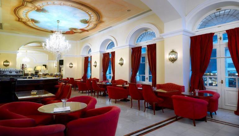 Το 4* Grand Bretagne Hotel - το Ναύπλιο το χειμώνα