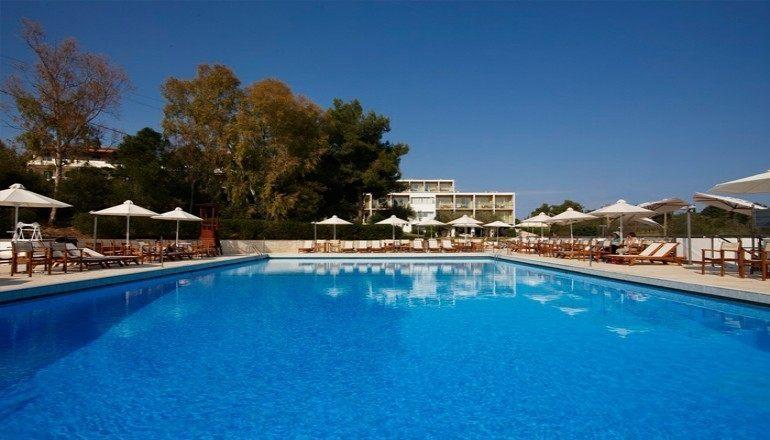 Το Nautica Bay Hotel  Προσφορές ξενοδοχείων στο Πόρτο Χέλι