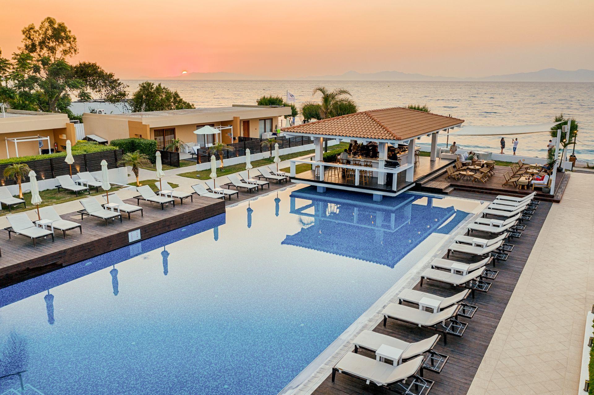 5* Villa Di Mare Seaside Suites - Ροδος ✦ 2 Ημερες (1 Διανυκτερευση) ✦ 2 ατομα ✦ Χωρις Πρωινο ✦ 07/07/2020 εως 31/07/2020 ✦ Free WiFi!
