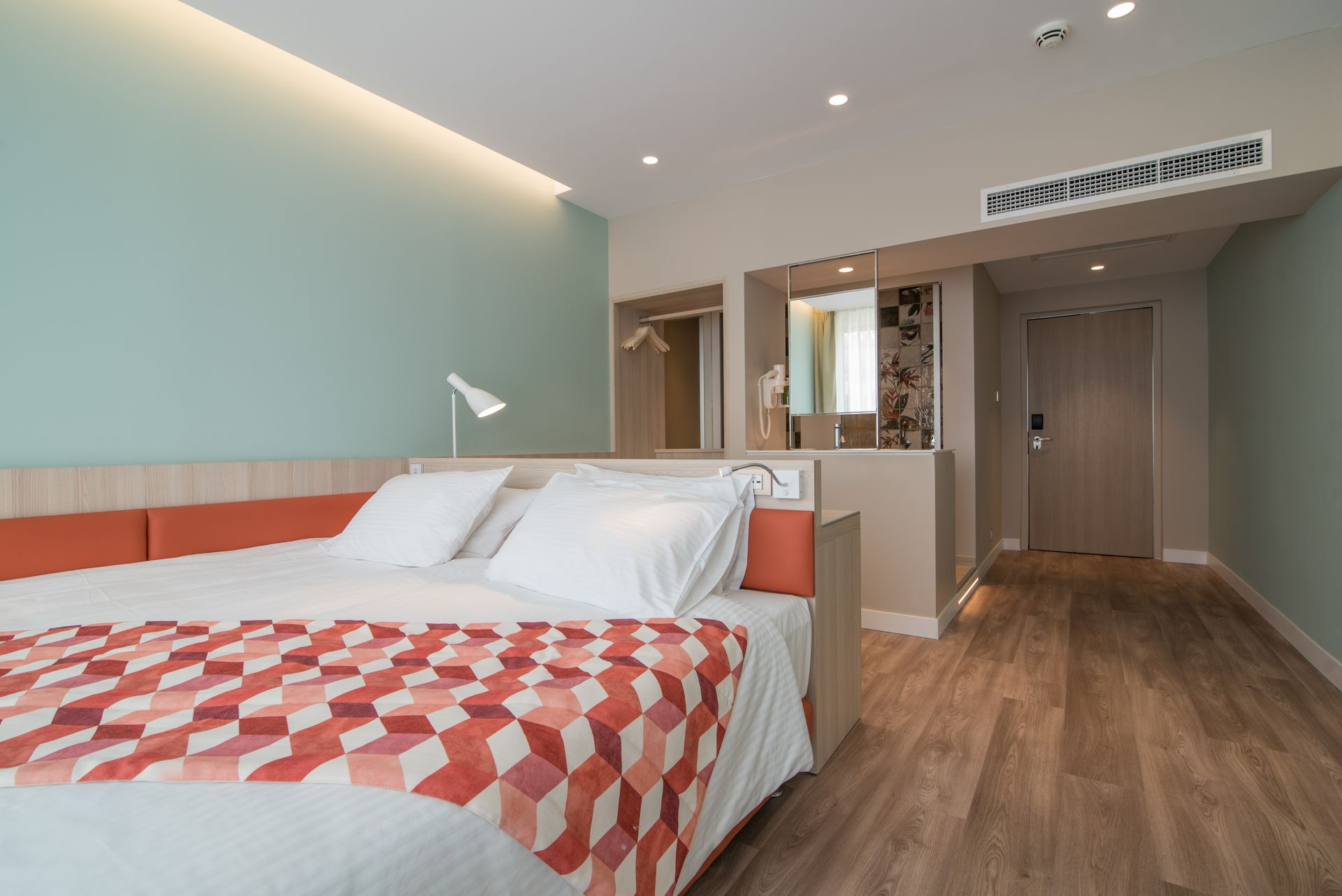 4* Kubic Athens Smart Hotel - Αθήνα ? 2 Ημέρες (1 Διανυκτέρευση) ? 2 άτομα ? Χωρίς Πρωινό ? έως 30/04/2020 ? Free WiFi