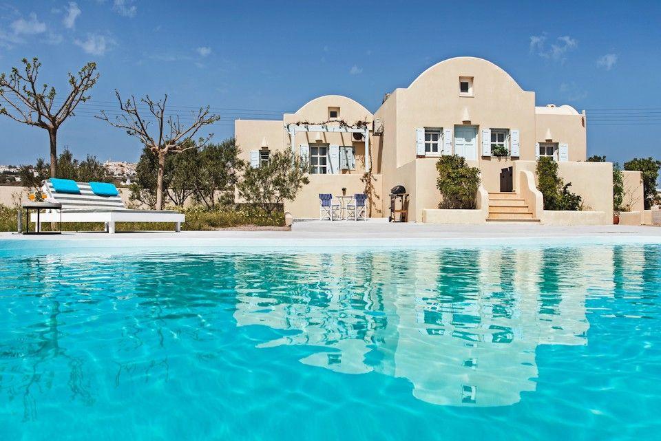Sienna Eco Resort - Σαντορίνη ✦ 2 Ημέρες (1 Διανυκτέρευση) ✦ 2 άτομα ✦ Πρωινό ✦ 16/09/2020 έως 30/09/2020 ✦ Free Wi-Fi!