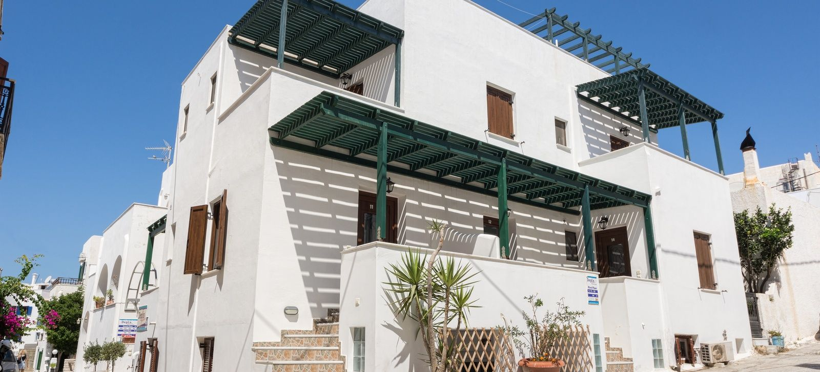 Depis Place and Apartments - Νάξος ✦ 2 Ημέρες (1 Διανυκτέρευση) ✦ 2 άτομα ✦ Χωρίς Πρωινό ✦ 01/09/2020 έως 30/09/2020 ✦ Κοντά στην Παραλία!