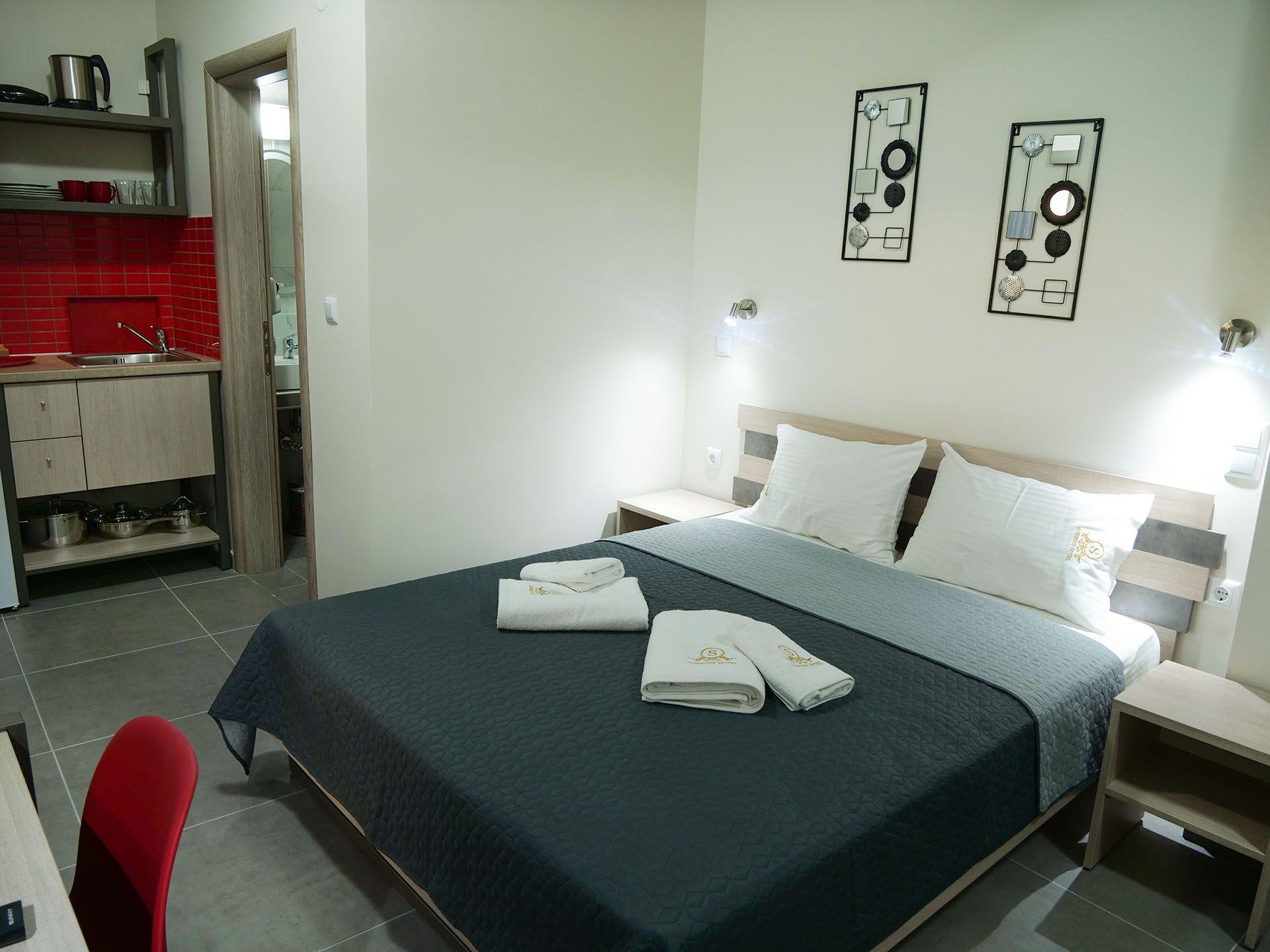 Sunshine Apartments - Σιθωνία, Χαλκιδική ✦ 3 Ημέρες (2 Διανυκτερεύσεις) ✦ 3 άτομα ✦ Χωρίς Πρωινό ✦ έως 17/06/2021 ✦ Υπέροχη Τοποθεσία!
