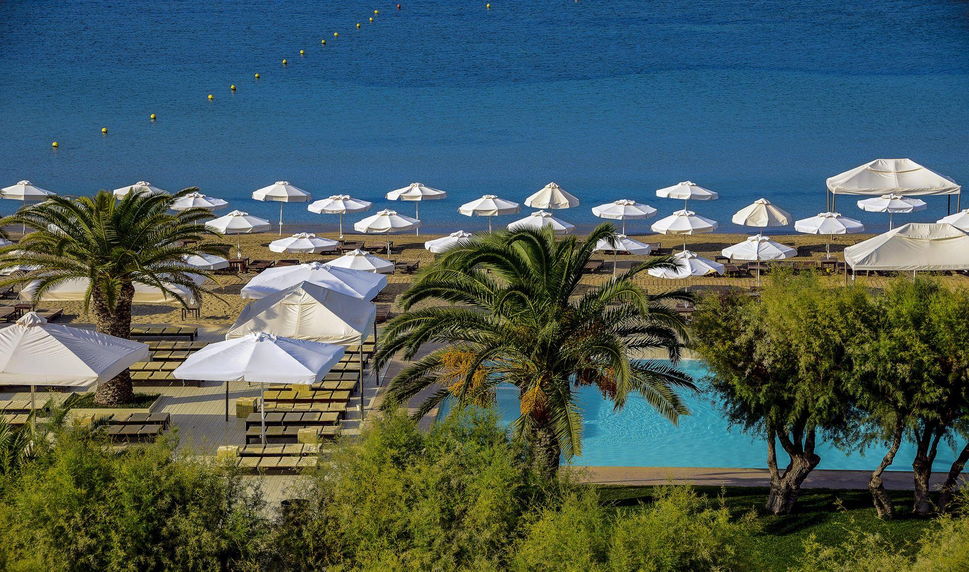 5* Plaza Resort Hotel - Ανάβυσσος ✦ -10% ✦ 2 Ημέρες (1 Διανυκτέρευση) ✦ 2 άτομα + 1 παιδί έως 11 ετών ✦ Πρωινό ✦ 01/09/2021 έως 30/09/2021 ✦ Μπροστά στην Παραλία!