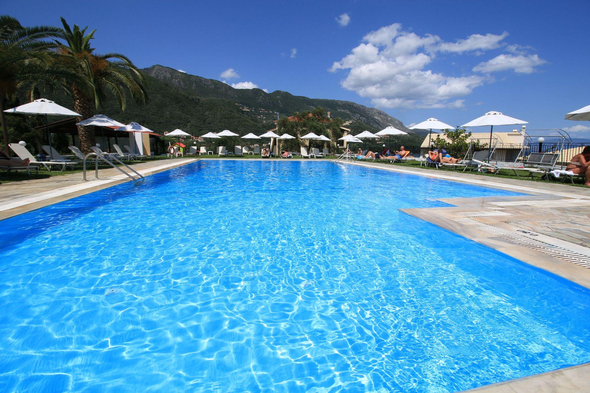 Hotel Yannis Corfu - Κέρκυρα ✦ 4 Ημέρες (3 Διανυκτερεύσεις) ✦ 2 άτομα ✦ Ημιδιατροφή ✦ 01/09/2020 έως 30/09/2020 ✦ Free Wi-Fi