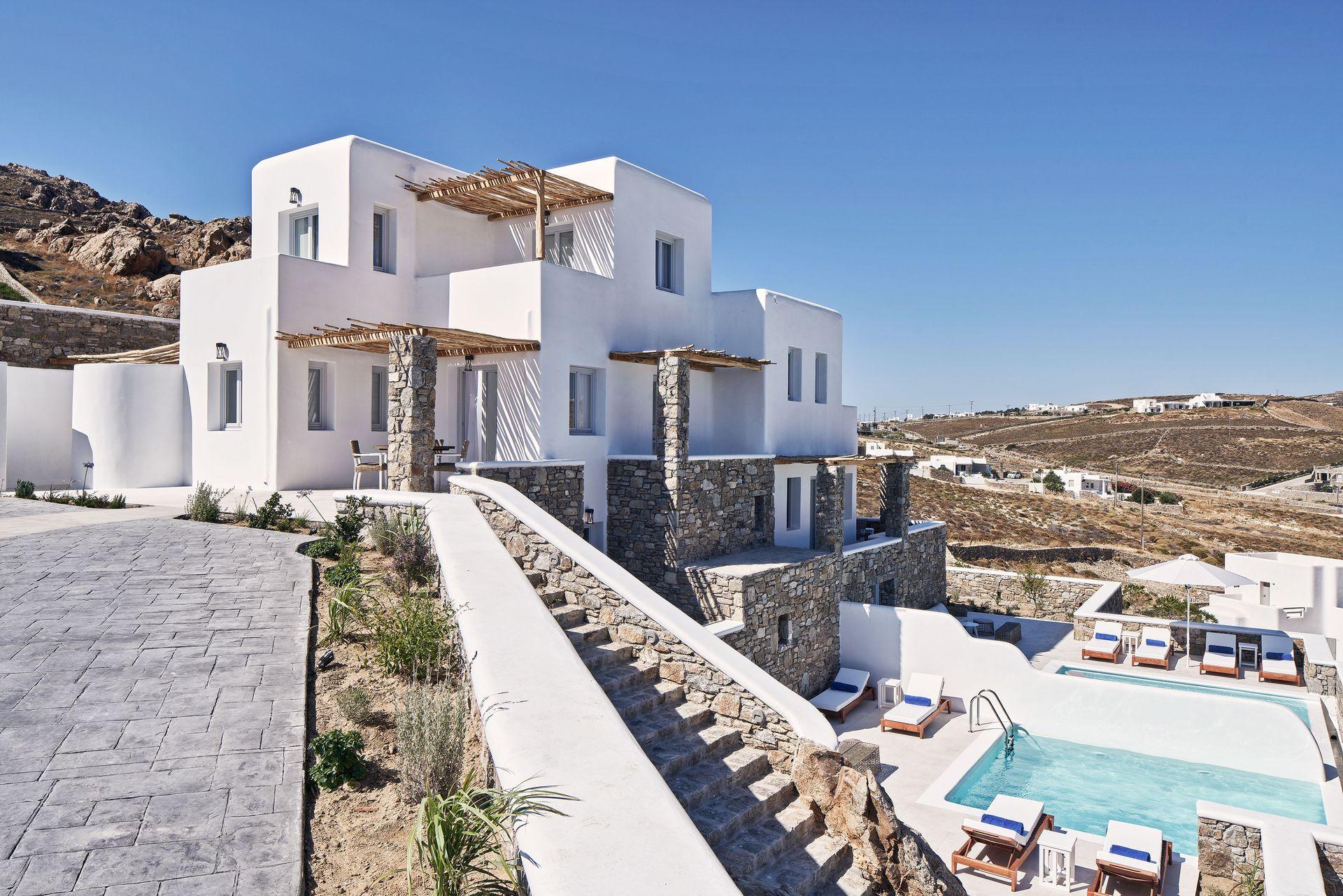 Katikies Villas Mykonos - Μύκονος ✦ 2 Ημέρες (1 Διανυκτέρευση) ✦ έως 3 άτομα ✦ Πρωινό ✦ 27/08/2020 έως 26/09/2020 ✦ Free Wi-Fi!