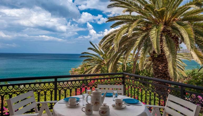 50€ από 100€ ( Έκπτωση 50%) ΚΑΙ για τις 3 ημέρες / 2 διανυκτερεύσεις KAI για τα 2 Άτομα ΚΑΙ ένα Παιδί έως 16 ετών στη Μονεμβασιά, σε Διαμέρισμα με Θέα Θάλασσα στο Douka Hotel Apartments! Παρέχεται Εarly check in στις 10:00 και Late check out στις 18:00 για να απολαύσετε 3 γεμάτες ημέρες στην γραφική Μονεμβασιά! Για όσους πραγματοποιήσουν τη διαμονή τους από Κυριακή έως Πέμπτη δίδεται μία επιπλέον διανυκτέρευση Δωρεάν για να απολαύσετε 4 γεμάτες ημέρες! Υπάρχει δυνατότητα επιπλέον διανυκτέρευσης! Η προσφορά ισχύει ΚΑΙ για την 28η Οκτωβρίου! εικόνα