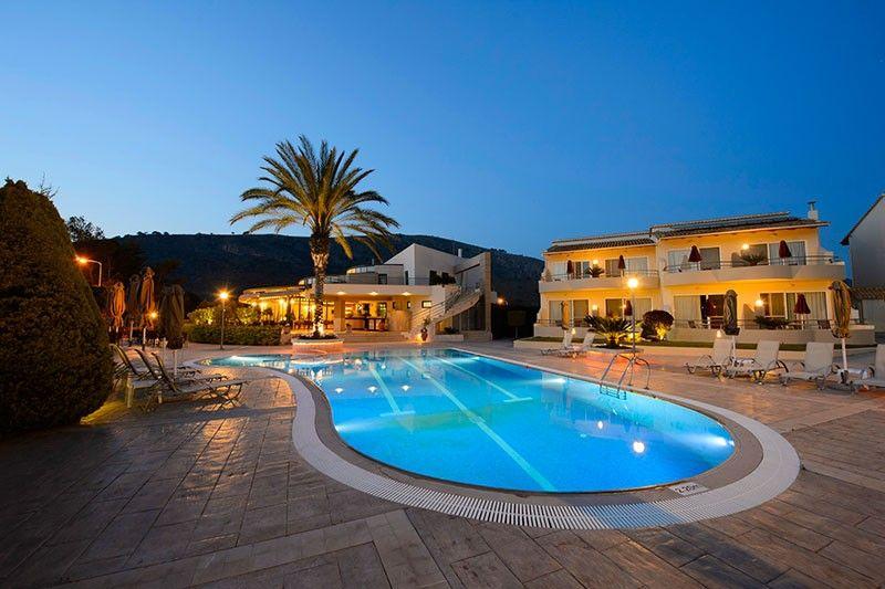Verde Al Mare - Καλογριά, Πελοπόννησος ✦ 2 Ημέρες (1 Διανυκτέρευση) ✦ 2 άτομα ✦ Πρωινό ✦ 01/04/2021 έως 31/05/2021 ✦ Κοντά σε παραλία!