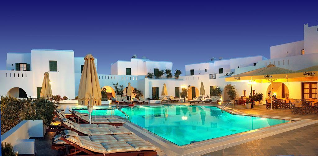 4* Astir of Naxos Hotel - Νάξος ✦ 2 Ημέρες (1 Διανυκτέρευση) ✦ 2 άτομα ✦ Πρωινό ✦ 20/08/2020 έως 20/09/2020 ✦ Μπροστά στην Παραλία!