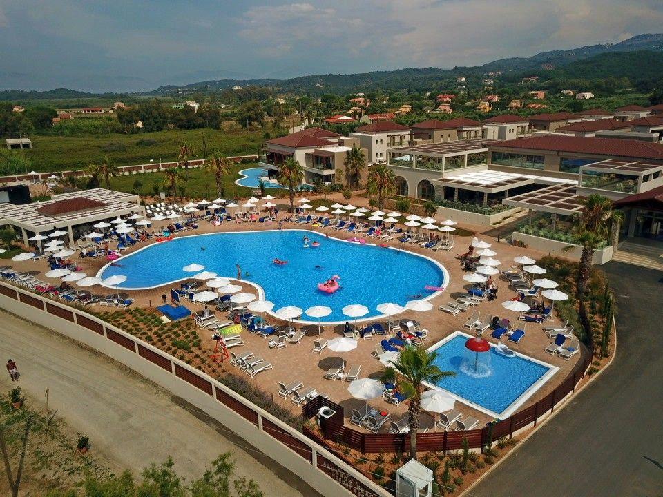 4* Almyros Beach Resort & Spa - Κέρκυρα ✦ -36% ✦ 5 Ημέρες (4 Διανυκτερεύσεις) ✦ 2 άτομα + 1 παιδί έως 11 ετών ✦ All Inclusive ✦ 11/09/2020 έως 30/09/2020 ✦ Μπροστά στην Παραλία!