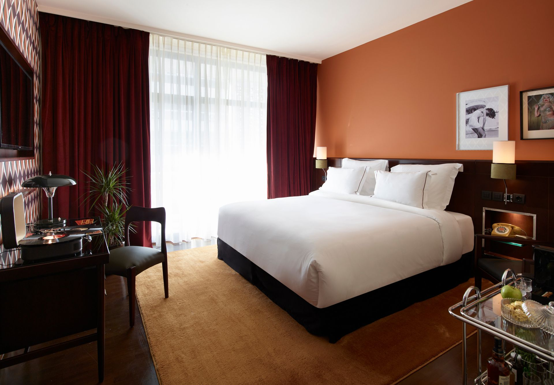 4* Brown Acropol Athens by Brown Hotels - Αθήνα ✦ 2 Ημέρες (1 Διανυκτέρευση) ✦ 2 άτομα ✦ Χωρίς Πρωινό ✦ έως 28/04/2021 ✦ Free Wi - Fi