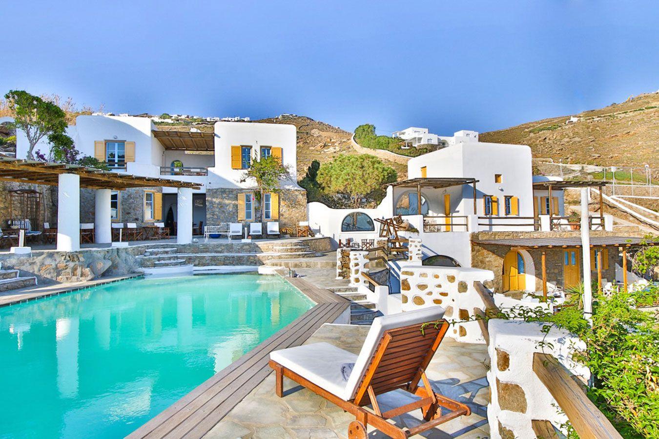 Anerousses Mykonian Traditional Houses - Μύκονος ✦ 3 Ημέρες (2 Διανυκτερεύσεις) ✦ 2 άτομα ✦ Χωρίς Πρωινό ✦ 01/06/2021 έως 30/06/2021 ✦ Κοντά στην παραλία!