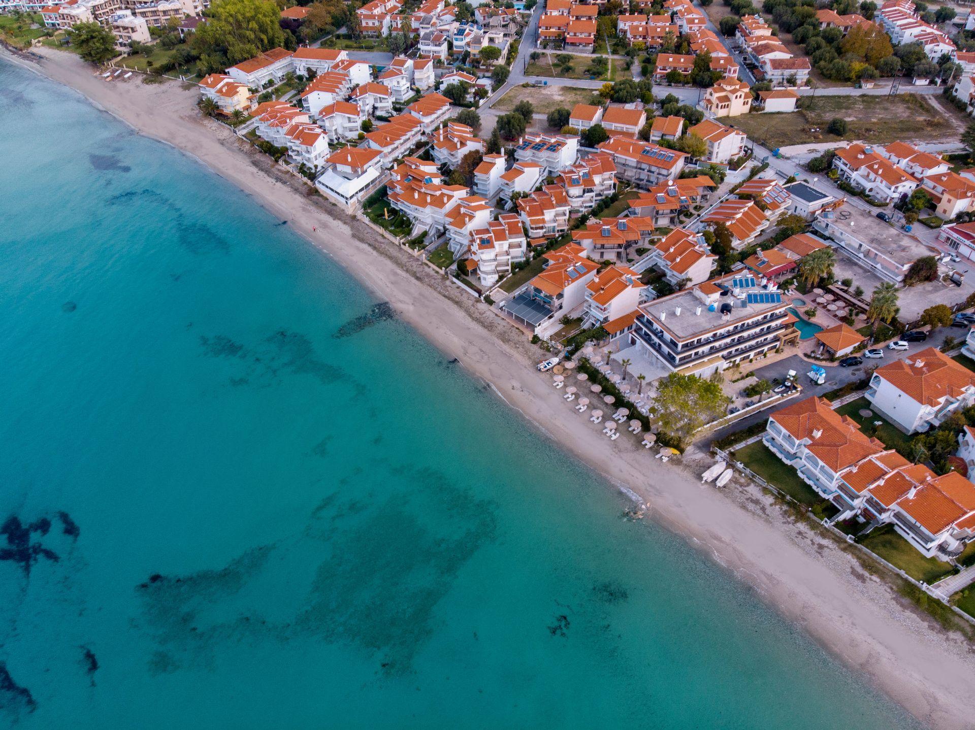 4* Greek Pride Seafront Hotel - Παραλία Φούρκας, Χαλκιδική ✦ 8 Ημέρες (7 Διανυκτερεύσεις) ✦ 2 άτομα ✦ Πρωινό ✦ 21/05/2021 έως 30/06/2021 ✦ Μπροστά στην παραλία!