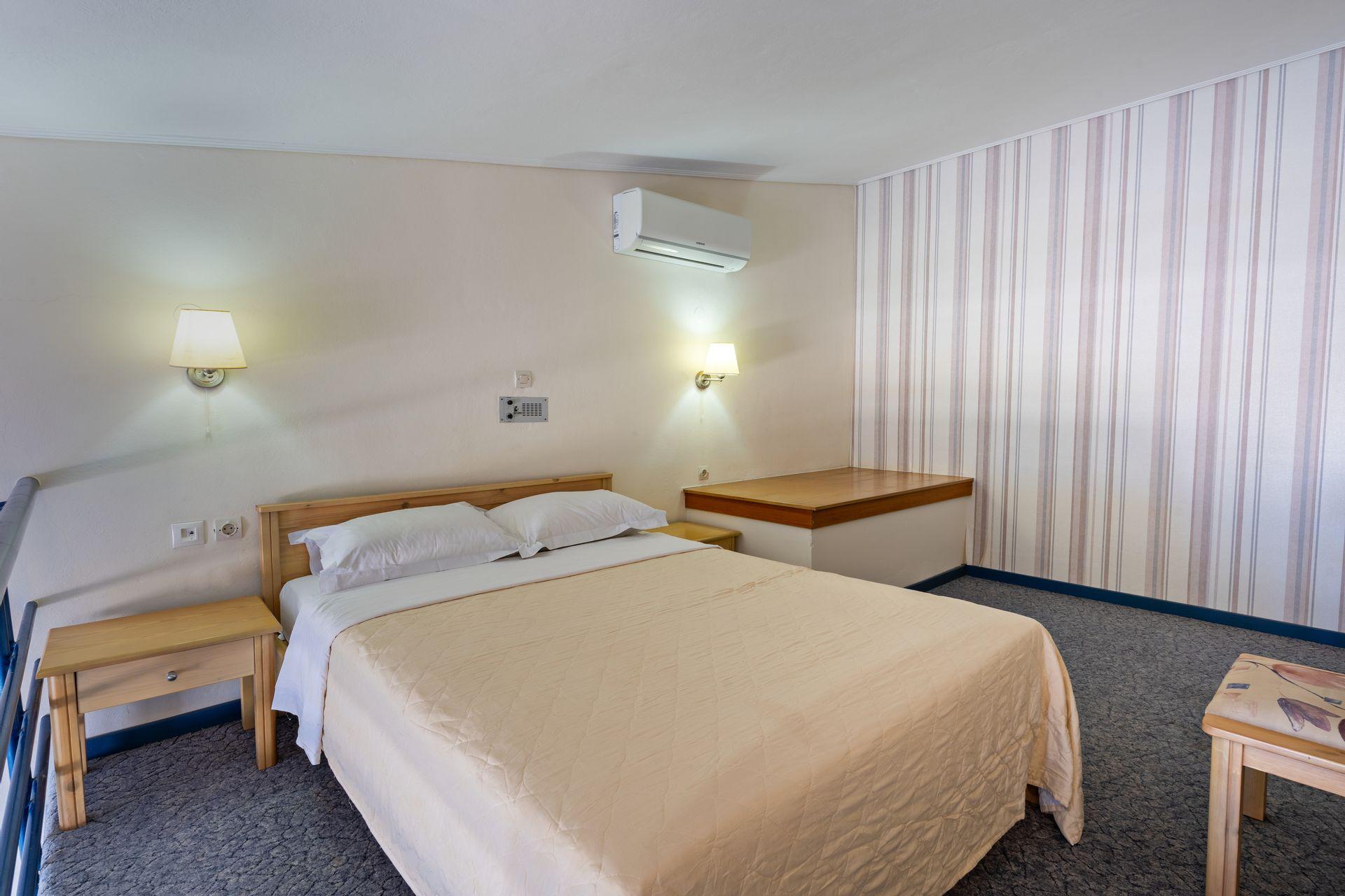 Pearl Beach Apartments - Ρέθυμνο, Κρήτη ✦ 2 Ημέρες (1 Διανυκτέρευση) ✦ 2 άτομα + 1 παιδί έως 5 ετών ✦ Χωρίς Πρωινό ✦ 01/09/2021 έως 30/09/2021 ✦ Μπροστά στην παραλία!