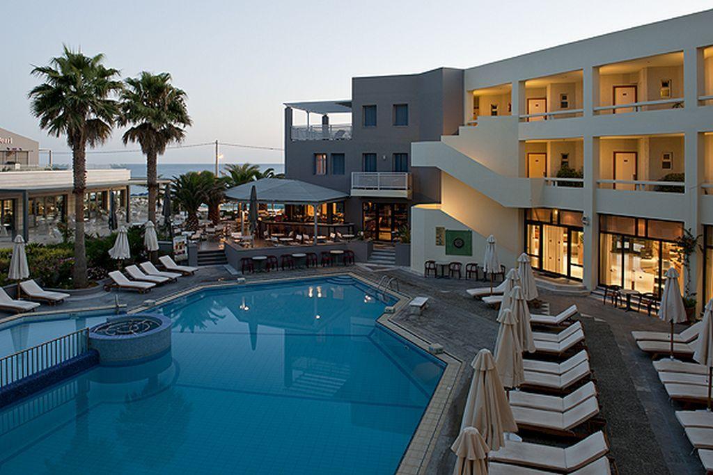 4* Pearl Beach - Ρέθυμνο, Κρήτη ✦ 2 Ημέρες (1 Διανυκτέρευση) ✦ 2 άτομα + 1 παιδί έως 5 ετών ✦ Πρωινό ✦ 01/09/2021 έως 30/09/2021 ✦ Μπροστά στην παραλία!