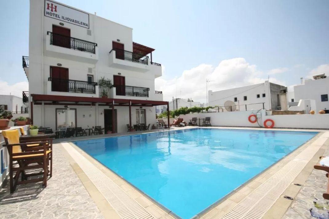 Iliovasilema Hotel Naxos - Νάξος ✦ 2 Ημέρες (1 Διανυκτέρευση) ✦ 2 άτομα ✦ Χωρίς Πρωινό ✦ 01/08/2021 έως 31/08/2021 ✦ Κοντά σε παραλία!