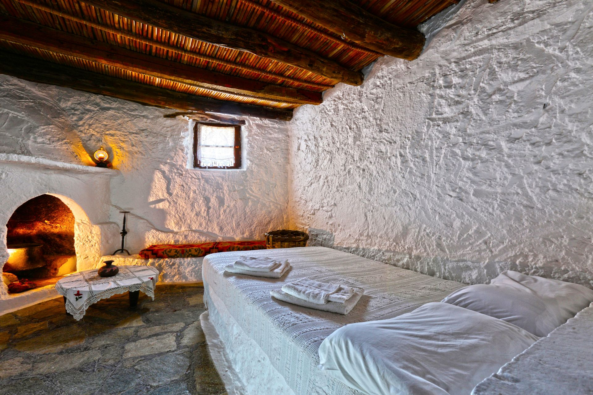 Aspros Potamos Houses - Μακρύς Γιαλός, Κρήτη ✦ 3 Ημέρες (2 Διανυκτερεύσεις) ✦ 2 άτομα ✦ Χωρίς Πρωινό ✦ 01/09/2021 έως 30/09/2021 ✦ Δωρεάν Wi-Fi!