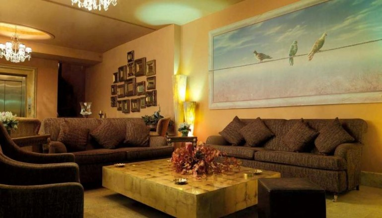 Mainalon Resort - Τρίπολη Αρκαδίας - 129€ από 258€ ( Έκπτωση 50%) ΚΑΙ για τις 3 ημέρες / 2 διανυκτερεύσεις ΚΑΙ ένα Παιδί έως 12 ετών στο Ιστορικό Mainalon Resort στην Τρίπολη Αρκαδίας, με Πλούσιο Πρωινό Αμερικάνικου τύπου σε Μπουφέ σε δίκλινο δωμάτιο! Προσφέρεται Ποτό καλωσορίσματος και παρέχεται Early check in και Late check out κατόπιν διαθεσιμότητας! Υπάρχει δυνατότητα επιπλέον διανυκτέρευσης!