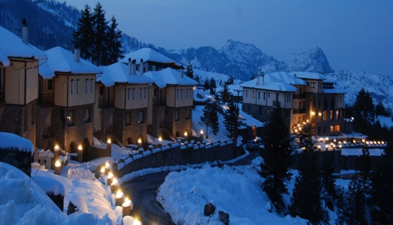 Pindos Palace Boutique Hotel - Βασιλίτσα Γρεβενών - 119€ από 240€ ( Έκπτωση 50%) ΚΑΙ για τις 3 ημέρες / 2 διανυκτερεύσεις KAI για τα 2 Άτομα στη Βασιλίτσα Γρεβενών μια ανάσα από το Χιονοδρομικό Κέντρο, σε δίκλινο δωμάτιο με Πρωινό, στο Pindos Palace Boutique Hotel! Για ένα Παιδί έως 3 ετών η διαμονή είναι δωρεάν! Προσφέρεται ένα Γεύμα και μία χρήση του Jacuzzi και της Sauna για το σύνολο της διαμονής! Παρέχεται 25% έκπτωση στην κάρτα Lift, 50% στον εξοπλισμό Ski-Snowboard για το χιονοδρομικό κέντρο της Βασιλίτσας καθώς και Early check in και Late check out κατόπιν διαθεσιμότητας! Απολαύσετε 3 ημέρες στoν χειμερινό προορισμό! Υπάρχει δυνατότητα επιπλέον διανυκτέρευσης!