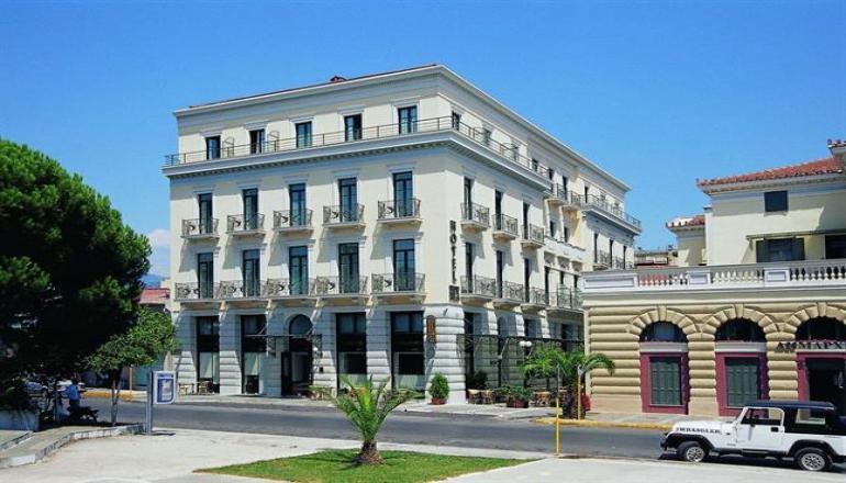 Χριστούγεννα ΚΑΙ Πρωτοχρονιά στo κέντρο της Καλαμάτας, στο Rex Hotel! Απολαύστε 4 ημέρες/ 3 διανυκτερεύσεις ΚΑΙ για τα 2 Άτομα ΚΑΙ ένα Παιδί έως 9 ετών, με Ημιδιατροφή (Πρωινό και Βραδινό) σε δίκλινο δωμάτιο, μόνο με 258€ από 516€ (Έκπτωση 50%)! Ρεβεγιόν την παραμονή Χριστουγέννων και Πρωτοχρονιάς με Μουσική! Υπάρχει δυνατότητα επιπλέον διανυκτέρευσης! εικόνα