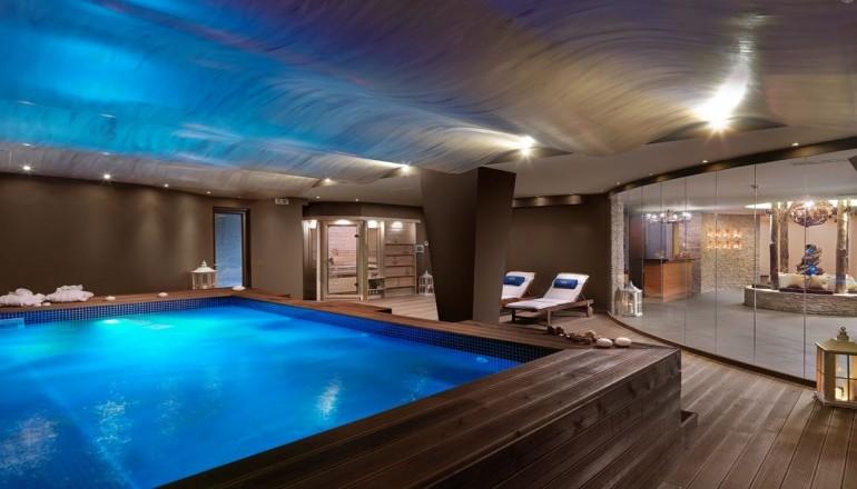 Καθαρα Δευτερα ΚΑΙ 25η Μαρτιου στο 4 αστερων Alas Resort & Spa, στη Μονεμβασια! Απολαυστε 4 ημερες / 3 διανυκτερευσεις ΚΑΙ για τα 2 Άτομα σε δικλινο Side Sea View δωματιο με Ημιδιατροφη (Πρωινο σε Μπουφε και Βραδινο), μονο με 338€ απο 680€ ( Έκπτωση 50%)! Παραμονη της Καθαρα Δευτερας παρεχεται Εορταστικο Δειπνο με Ζωντανη Μουσικη! Παρεχεται μια Θεραπεια Spa 20 λεπτων κατα ατομο, Ελευθερη χρηση της Sauna, του Hamam, του Jacuzzi και του Γ…