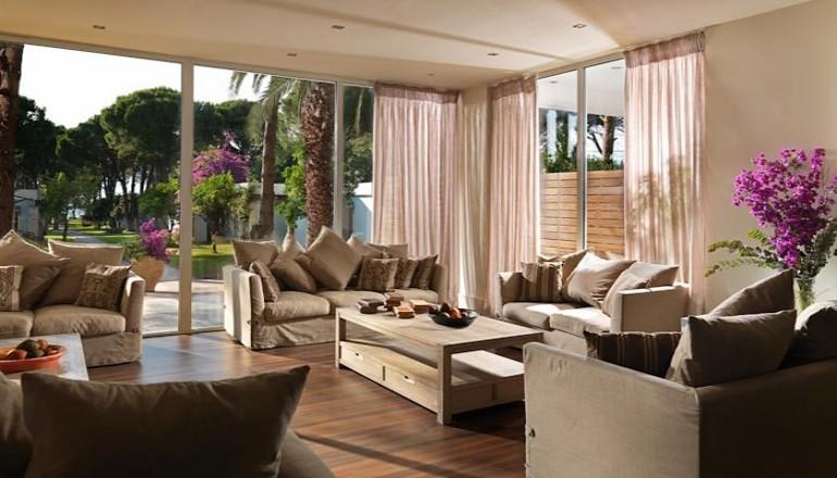4* Porto Rio Hotel & Casino - Ρίο - Χριστούγεννα KAI Πρωτοχρονιά στο 4 αστέρων Porto Rio Hotel & Casino στο Ρίο! Απολαύστε 4 ημέρες / 3 διανυκτερεύσεις ΚΑΙ για τα 2 Άτομα ΚΑΙ ένα Παιδί έως 12 ετών, με Πλήρη Διατροφή (Πρωινό, Μεσημεριανό και Βραδινό σε Πλούσιο Μπουφέ) σε δίκλινο δωμάτιο, μόνο με 372€ από 745€ ( Έκπτωση 50%)!