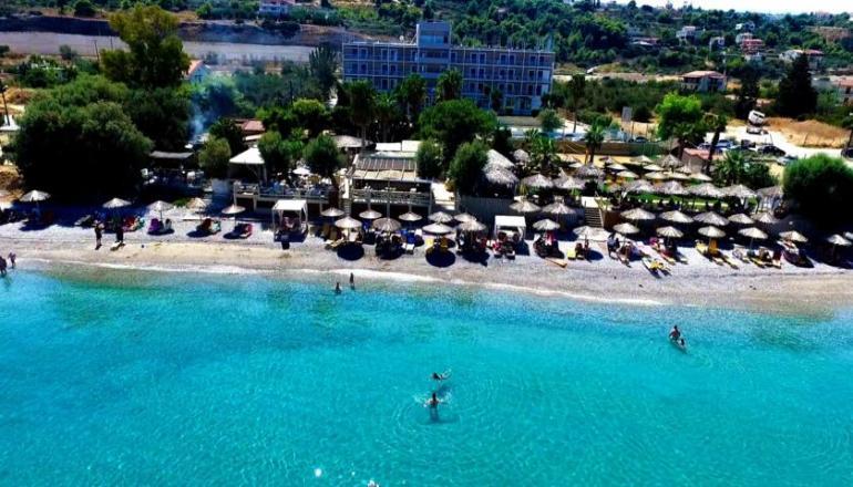 570€ απο 1140€ ( Έκπτωση 50%) ΚΑΙ για τις 6 ημερες / 5 διανυκτερευσεις KAI για τα 2 Άτομα ΚΑΙ ενα Παιδι εως 12 ετων, στο Xylokastro Beach Hotel επανω στο Κυμα, με Ημιδιατροφη (Πρωινο και Βραδινο) σε δικλινο δωματιο, στο Ξυλοκαστρο! Υπαρχει δυνατοτητα επιπλεον διανυκτερευσεων!