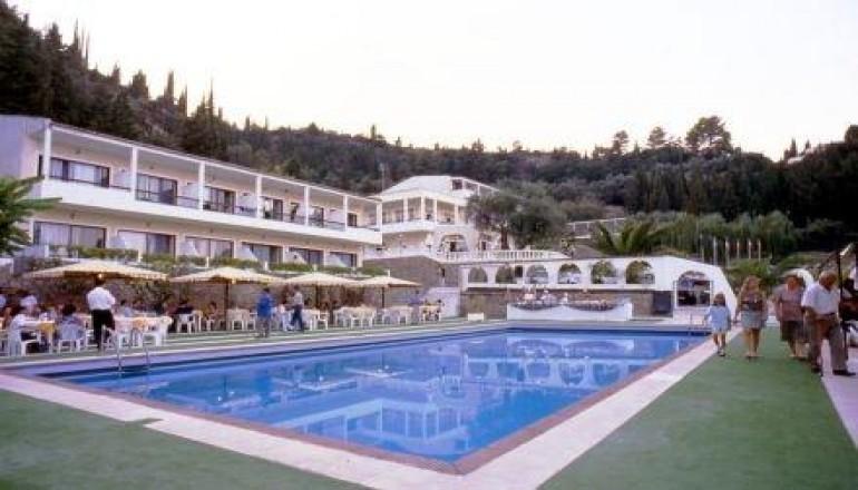 165€ από 330€ (Έκπτωση 50%) KAI για τις 4 ημέρες / 3 διανυκτερεύσεις KAI για τα 2 Άτομα στην Κέρκυρα, με Ημιδιατροφή (Πρωινό και Βραδινό) στο Montaniola Hotel μόλις 400 μέτρα από το Αχίλλειον και θέα το Ιόνιο πέλαγος, σε δίκλινο δωμάτιο! Για ένα Παιδί έως 2 ετών η διαμονή είναι δωρεάν! Υπάρχει δυνατότητα επιπλέον διανυκτερεύσεων! εικόνα