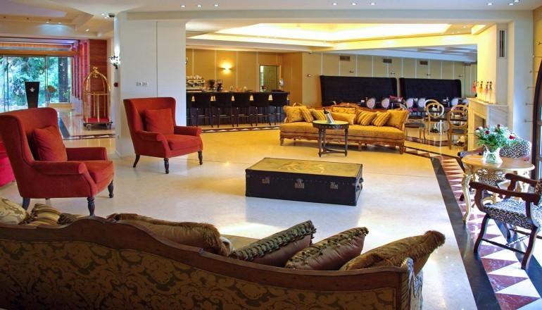 Πρωτοχρονια στο 4 αστερων Mediterranean Princess Hotel, στην Κατερινη Πιεριας! Απολαυστε 4 ημερες / 3 διανυκτερευσεις ΚΑΙ για τα 2 Άτομα KAI ενα Παιδι εως 12 ετων, με Ημιδιατροφη (Πρωινο και Βραδινο σε Μπουφε) σε δικλινο δωματιο, μονο με 299€ απο 598€ (Έκπτωση 50%)! Παραμονη Πρωτοχρονιας παρεχεται Ρεβεγιον με Πλουσιο Εορταστικο Μπουφε και Μουσικη απο DJ! Παρεχεται Early check in στις 10:00 και Late check out στις 18:00 για να απολαυσετε…