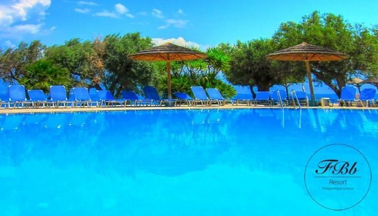 219€ απο 438€ ( Έκπτωση 50%) KAI για τις 3 ημερες / 2 διανυκτερευσεις KAI για τα 2 Άτομα ΚΑΙ ενα Παιδι εως 12 ετων, με Ημιδιατροφη (Πρωινο και Βραδινο), στο 4 αστερων Florida Blue Bay Hotel Resort & Spa σε δικλινο δωματιο, στον Ψαθοπυργο Πατρας! Προσφερεται Ένα Μπουκαλι Κρασι για Καλωσορισμα! Παρεχεται Early Check in και Late Check out κατοπιν διαθεσιμοτητας! Όσοι πραγματοποιησουν 6 διανυκτερευσεις διδεται μια επιπλεον διανυκτερευση Δωρ…