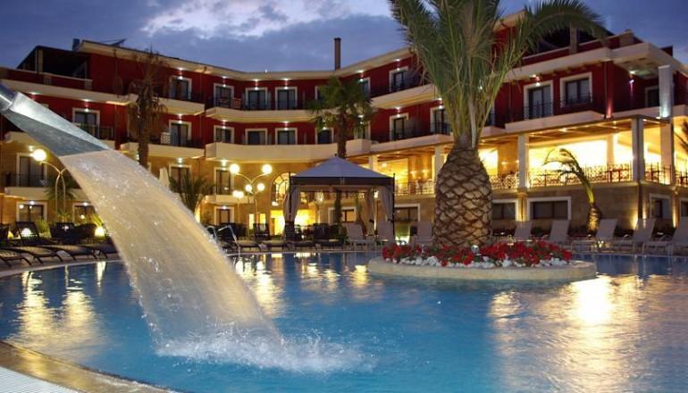 299€ απο 598€ ( Έκπτωση 50%) ΚΑΙ για τις 4 ημερες / 3 διανυκτερευσεις ΚΑΙ για τα 2 Άτομα KAI ενα Παιδι εως 12 ετων, στο 4 αστερων Mediterranean Princess Hotel 120m απο την θαλασσα, με Ημιδιατροφη (Πρωινο σε Μπουφε και Βραδινο) σε δικλινο δωματιο, στην Κατερινη Πιεριας! Παρεχεται Early check in και Late check out κατοπιν διαθεσιμοτητας! Υπαρχει δυνατοτητα επιπλεον διανυκτερευσεων! Η προσφορα ισχυει ΚΑΙ για του Αγιου Πνευματος! Διατιθεται…