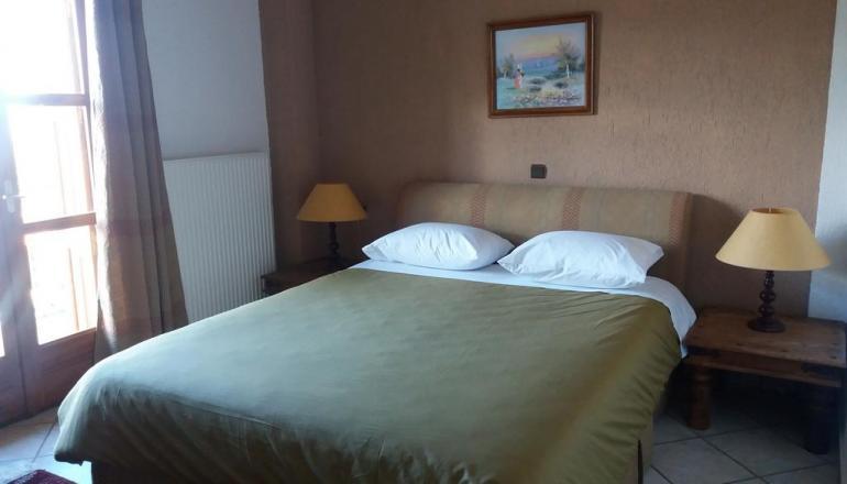 69€ από 138€ ( Έκπτωση 50%) ΚΑΙ για τις 3 ημέρες / 2 διανυκτερεύσεις KAI για τα 2 Άτομα στο Λιβάδι Αράχωβας, σε Διαμέρισμα στο Castel Monteeg Resort! Για ένα Παιδί έως 2 ετών η διαμονή είναι δωρεάν! Παρέχεται Early check in στις 10:00 και Late check out στις 18:00 για να απολαύσετε 3 γεμάτες ημέρες! Υπάρχει δυνατότητα επιπλέον διανυκτέρευσης! εικόνα