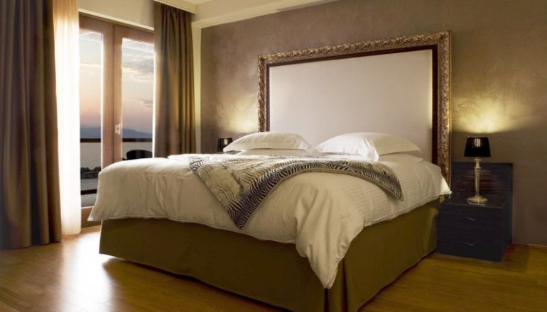 Καθαρά Δευτέρα στο 5 αστέρων Valis Resort Hotel, στον Βόλο! Απολαύστε 3 ημέρες / 2 διανυκτερεύσεις ΚΑΙ για τα 2 Άτομα ΚΑΙ ένα Παιδί έως 12 ετών, με Ημιδιατροφή (Πρωινό σε Μπουφέ και Βραδινό) σε δίκλινο δωμάτιο, μόνο με 249€ από 498€ (Έκπτωση 50%)! Προσφέρεται Τσίπουρο και Mεζές για καλωσόρισμα! Παρέχονται Ένα Ayuverda Massage, Ελεύθερη χρήση της Εσωτερικής Πισίνας και του Γυμναστηρίου καθώς και Late Check out κατόπιν διαθεσιμότητας! Υπάρχει δυνατότητα επιπλέον διανυκτέρευσης! εικόνα