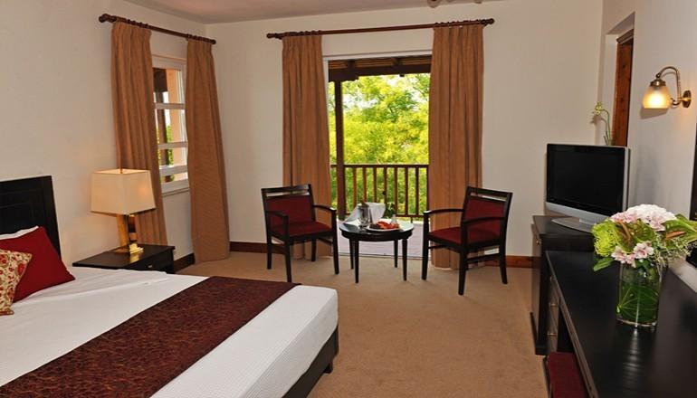 ALL INCLUSIVE την Πρωτοχρονια στην Καλαμπακα, στη σκια των Ιερων Βραχων των Μετεωρων στο 4 αστερων Amalia Kalambaka Hotel! Απολαυστε 4 ημερες / 3 διανυκτερευσεις ΚΑΙ για τα 2 Άτομα ΚΑΙ ενα Παιδι εως 10 ετων σε δικλινο δωματιο, μονο με 490€ απο 980€ (Έκπτωση 50%)! Προσφερεται Πλουσιο Πρωινο, Μεσημεριανο και Βραδινο σε Μπουφε! Παραμονη και Ανημερα της Πρωτοχρονιας Εορταστικος Μπουφες καθως και Γιορτινο Ψυχαγωγικο Προγραμμα με Ζωντανη Μουσ…