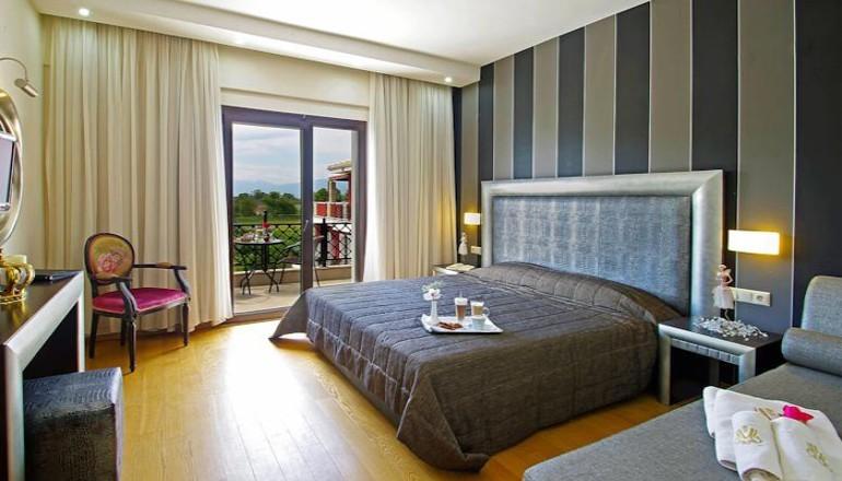 http://go.linkwi.se/z/177-0/CD1180/?lnkurl=http%3A%2F%2Fwww.ekdromi.gr%2Ffrontend%2Fdeals%2Fview%2F2476%2F4-Mediterranean-Princess-Hotel-Katerini-Pierias