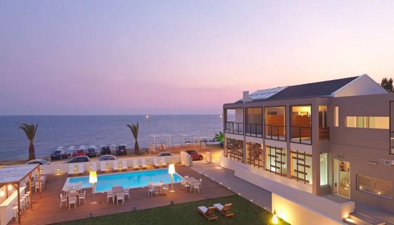 239€ από 480€ ( Έκπτωση 50%) ΚΑΙ για τις 3 ημέρες / 2 διανυκτερεύσεις ΚΑΙ για τα 2 Άτομα ΚΑΙ ένα Παιδί έως 6 ετών στο Κανάλι της Πρέβεζας, σε δίκλινο δωμάτιο με Πλευρική Θέα Θάλασσα και Πρωινό à la carte στο SESA Boutique Hotel, σε απόσταση αναπνοής από τα καταγάλανα νερά του Ιονίου! Παρέχονται ομπρέλες και ξαπλώστρες στην παραλία και την πισίνα! Για όσους πραγματοποιήσουν τη διαμονή τους από Κυριακή έως Πέμπτη δίδεται μία επιπλέον διανυκτέρευση Δωρεάν με Πρωινό και για όσους διαμείνουν κατ΄ελάχιστο 4 διανυκτερεύσεις δίδεται ένα Δείπνο Δωρεάν για το σύνολο της διαμονής! Υπάρχει δυνατότητα επιπλέον διανυκτέρευσης! εικόνα