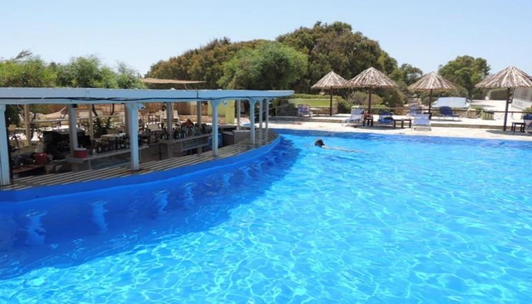 59€ από 118€ ( Έκπτωση 50%) ΚΑΙ για τις 3 ημέρες / 2 διανυκτερεύσεις KAI για τα 2 Άτομα ΚΑΙ ένα Παιδί έως 10 ετών στην Πάρο, στο Santa Maria Surfing Beach σε δίκλινο δωμάτιο με Πρωινό σε Μπουφέ! Προσφέρεται Welcome Drink, Ομπρέλα και Ξαπλώστρες στην Παραλία του Ξενοδοχείου, Δωρεάν Μεταφορά από και πρός το λιμάνι καθώς και Early check in και Late check out κατόπιν διαθεσιμότητας! Για όσους πραγματοποιήσουν τη διαμονή τους από Κυριακή έως Πέμπτη δίδεται μία επιπλέον διανυκτέρευση Δωρεάν με πρωινό για να απολαύσετε 4 ημέρες! Υπάρχει δυνατότητα επιπλέον διανυκτέρευσης! Η προσφορά ισχύει ΚΑΙ για του Αγίου Πνεύματος! εικόνα