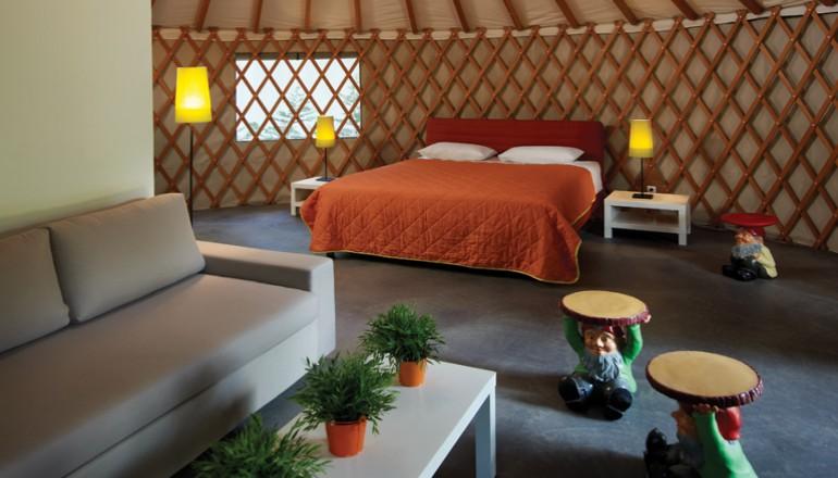Προσφορά Ekdromi - 139€ από 278€ ( Έκπτωση 50%) ΚΑΙ για τις 3 ημέρες / 2 διανυκτερεύσεις για έως ΚΑΙ 4 Άτομα σε Πολυτελή Yurt ή Cabanas με Πρωινό σε Μπουφέ, στο Club Agi...