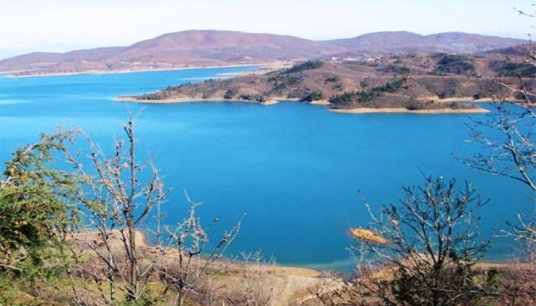 Ξενώνας Ανδρομέδα - Λίμνη Πλαστήρα