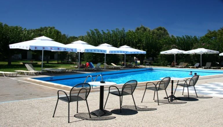 Ionian Beach Hotel - Λακόπετρα Αχαΐας