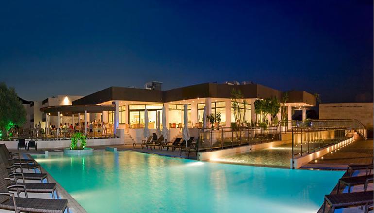 ALL INCLUSIVE στο 4 αστερων Anavadia Hotel ΚΑΙ για τις 4 ημερες / 3 διανυκτερευσεις KAI για τα 2 Άτομα ΚΑΙ 2 Παιδια εως 12 ετων σε δικλινο δωματιο, στη Ροδο μονο με 303€ απο 466€ (Έκπτωση 35%)! Προσφερονται Πρωινο, Μεσημεριανο και Βραδινο σε Πλουσιο Μπουφε, Σνακ κατα την διαρκεια της ημερας! Απεριοριστη καταναλωση σε αλκοολουχα και μη ποτα, οπως Μπυρα, Κρασι, Χυμοι, Αναψυκτικα, Τσαι, Καφες κατα την διαρκεια της ημερας! Υπαρχει δυνατοτητ…