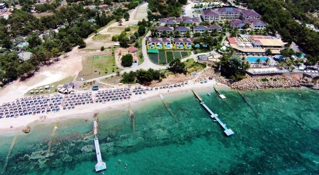4* Alexandra Beach Thassos Spa Resort - Θάσος ✦ -30% ✦ 2 Ημέρες (1 Διανυκτέρευση) ✦ 2 άτομα + 1 παιδί έως 2 ετών ✦ Ημιδιατροφή ✦ 01/08/2021 έως 31/08/2021 ✦ Μπροστά στην παραλία!